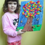 Marta i jesienne kolory drzewa