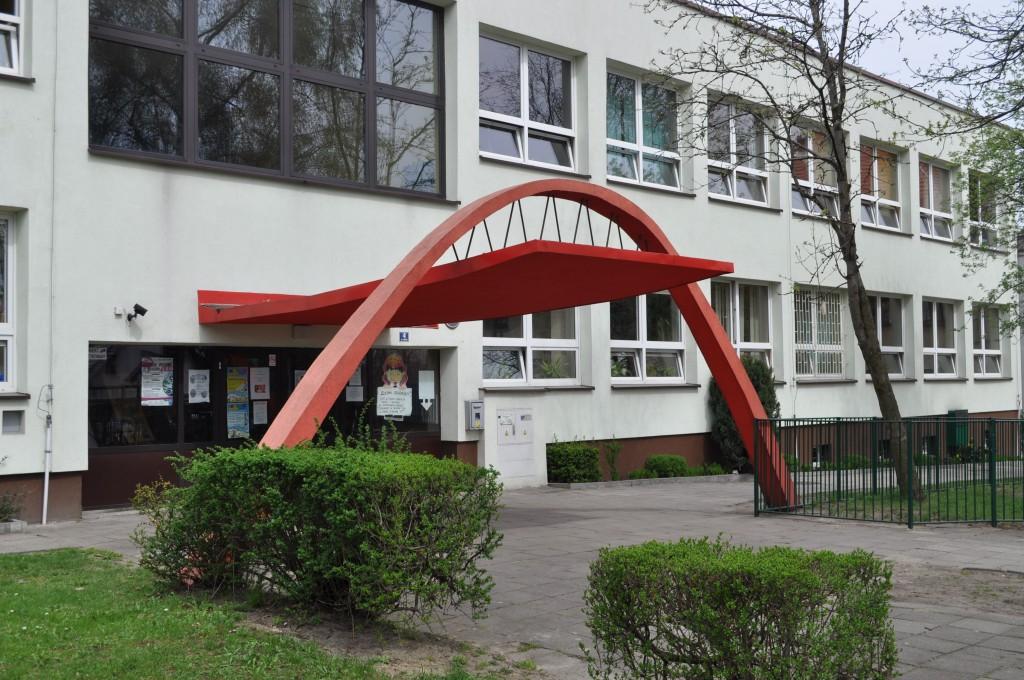 Szkoła Podstawowa nr 10 w Piasku (2)