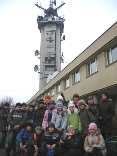 Przed budynkiem Tv Info w Katowicach